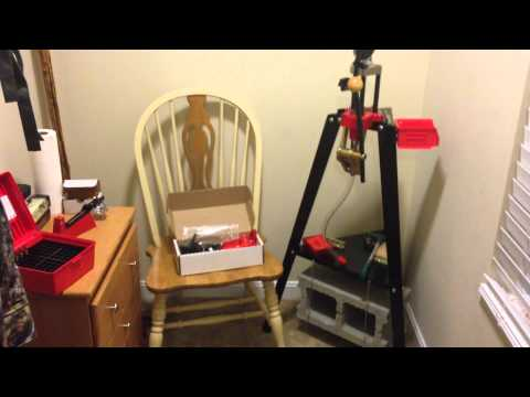 Lee Reloading Stand (Quick Look)