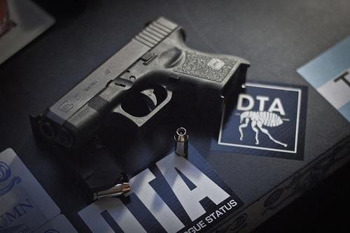 best iwb holster for glock 27, best glock 27 iwb holster