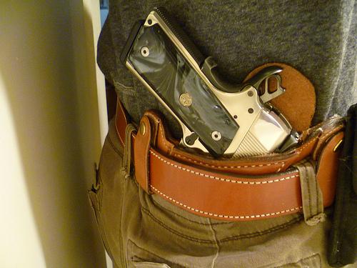 best 1911 iwb holster, best 1911 concealed carry holster