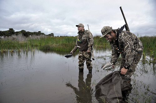 best motion duck decoy, best duck decoys for the money, might want to link the pole in product