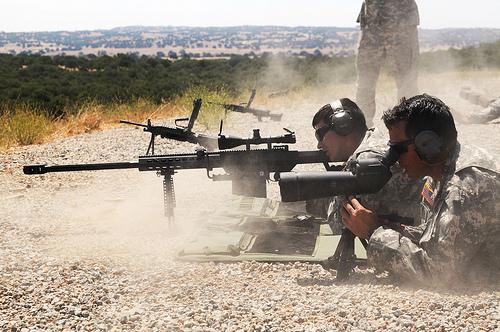 best long range scope under 1000, best long range rifle scope under 1000