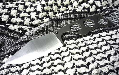 neck knife survival kit, best neck knife, neck knife reviews, tactical neck knife