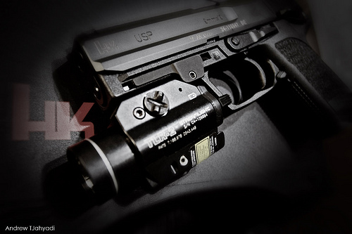 streamlight tlr2 vs tlr 4